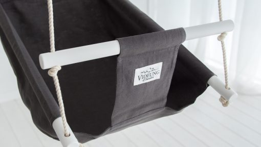 Gray babyswing for babys from 3 months up to 3 years
